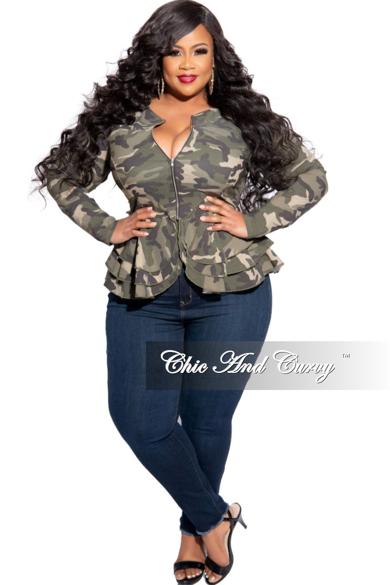 New Plus Size Frayed Hem Jean in Dark Denim