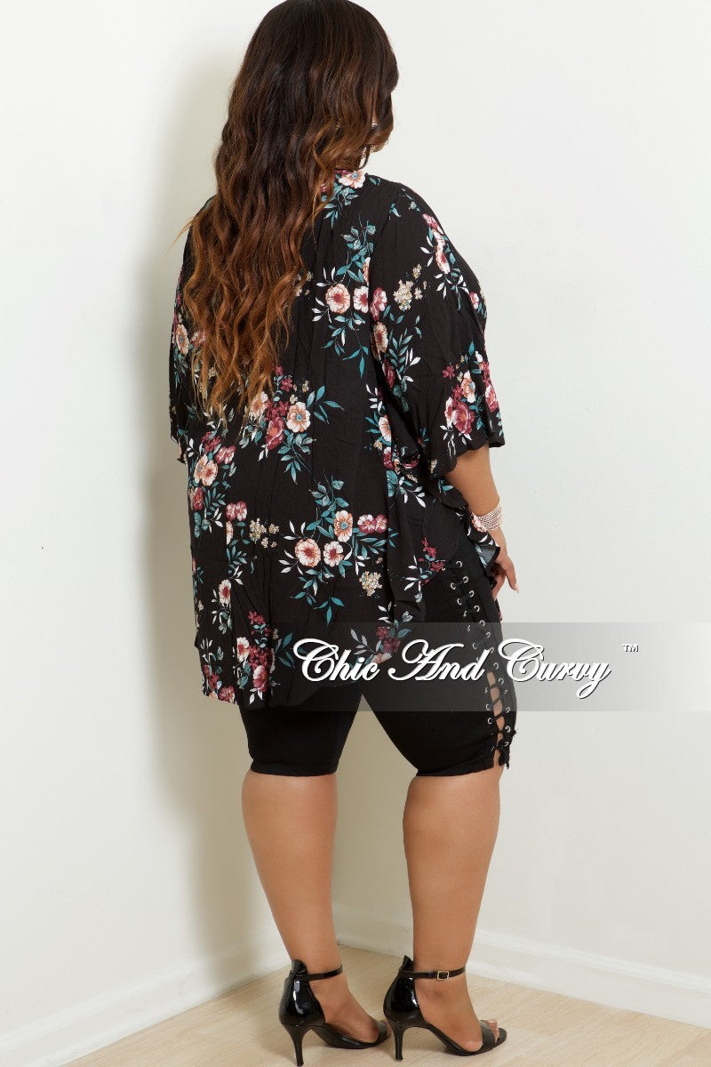 New Plus Size Floral Duster in Black