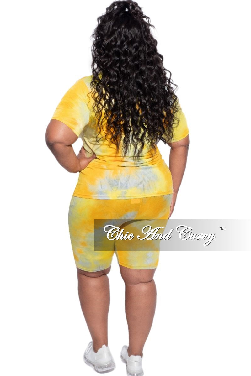 New Plus Size 2-Piece Biker Shorts Set in Yellow & Grey Tie Dye
