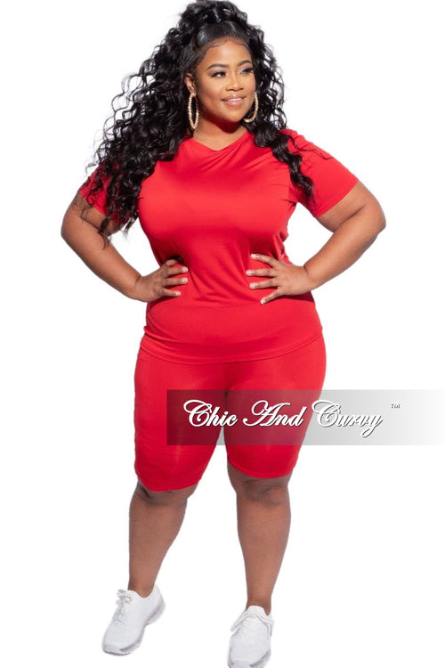 Final Sale Plus Size 2-Piece (Round Neck T-Shirt & Bermuda Short) Set in Red