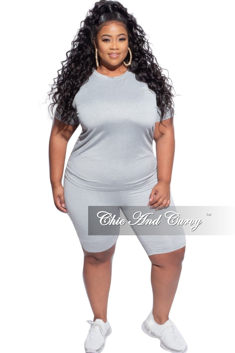 Final Sale Plus Size 2-Piece (Round Neck T-Shirt & Bermuda Short) Set in Heather Grey