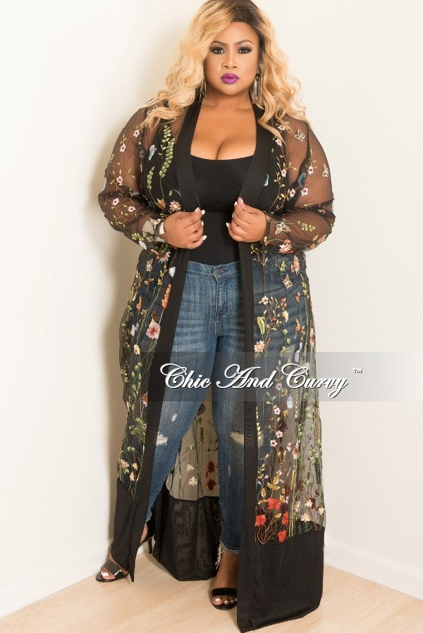 Final Sale Plus Size Mesh Embroidered Floral Duster in Black