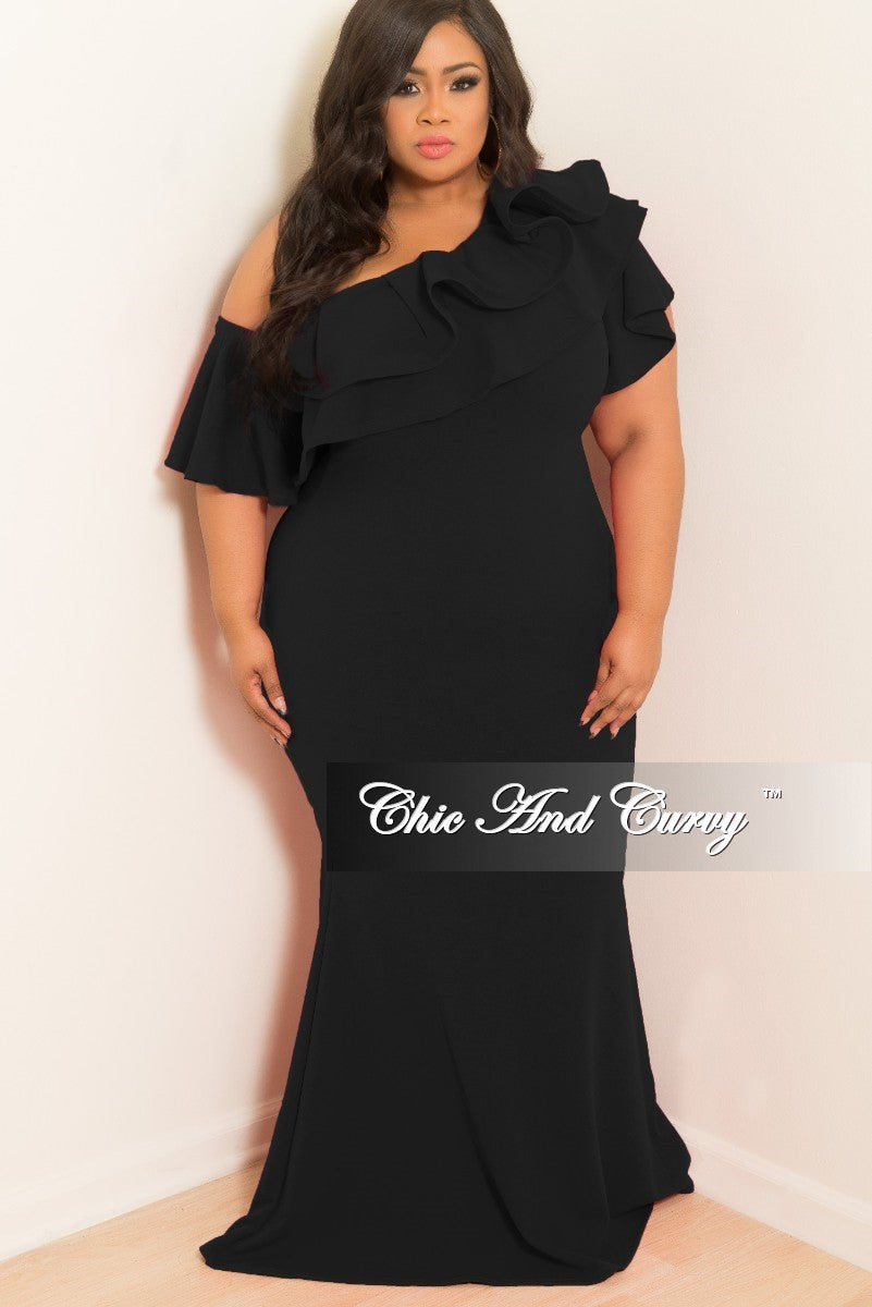 d8313c1e8bc Final Sale Plus Size One Sided Off the Shoulder Ruffle Dress in Black –  Chic And Curvy