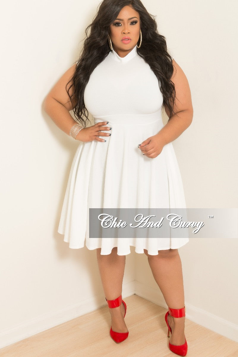 Final Sale Plus Size Cap Sleeve Flare Dress In Off White Chic And