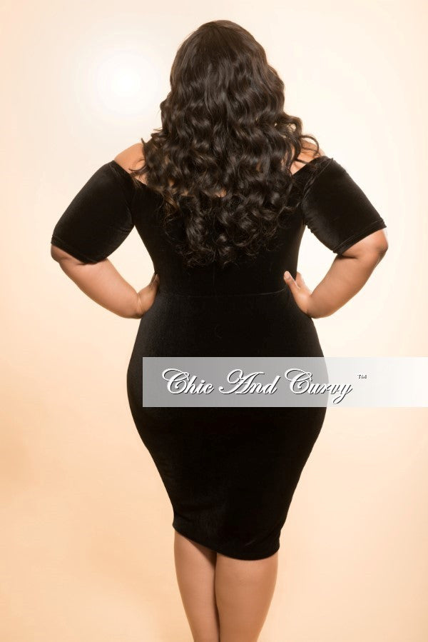 New Plus Size BodyCon Velvet Dress with Off the Shoulder Sleeves in Black