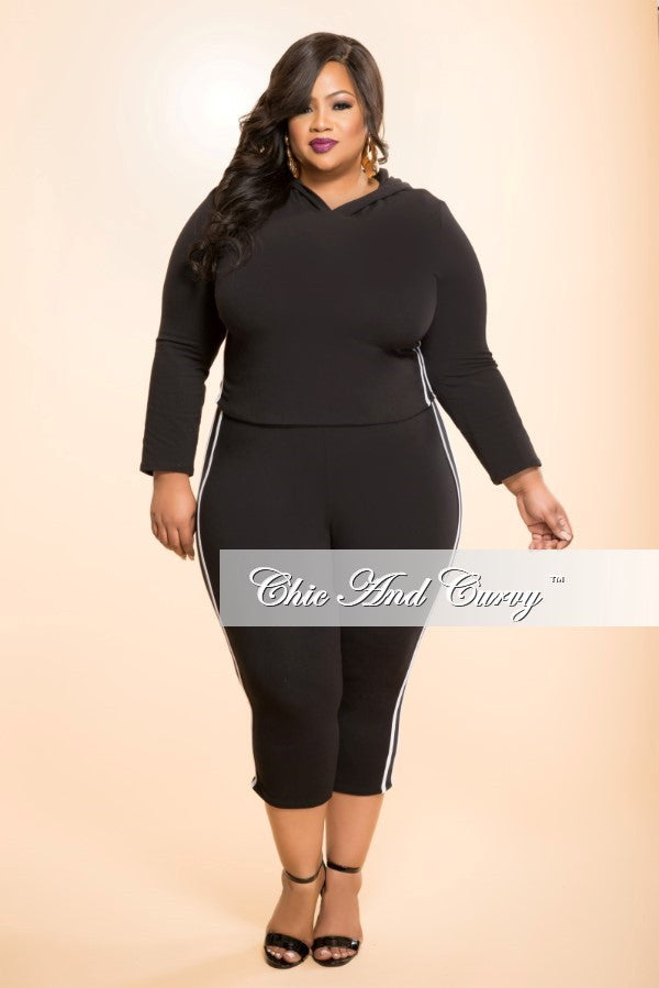 New Plus Size 2-Piece Top and Pant Set in Black and White