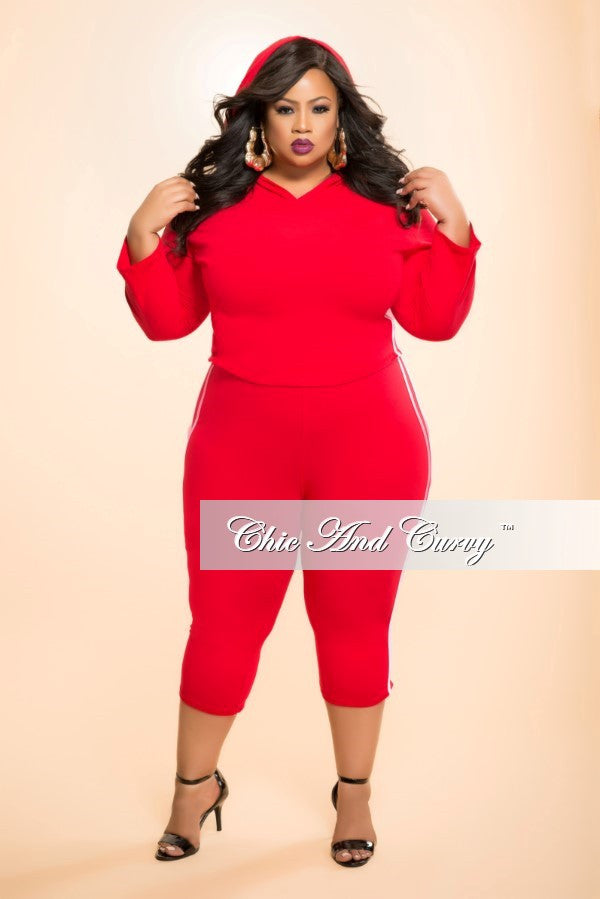 New Plus Size 2-Piece Top and Pant Set in Red and White