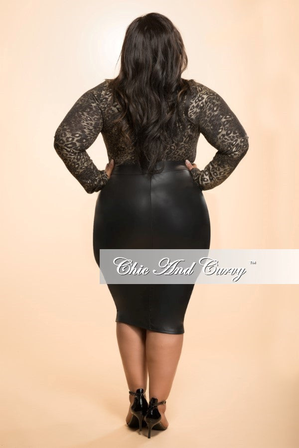 New Plus Size Bodysuit in Black and Gold with Zipper