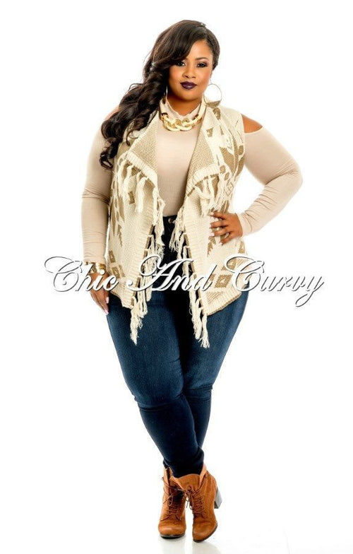 Final Sale Plus Size Sweater Vest with Open Front in Ivory and Tan Snowflake Print (Light)