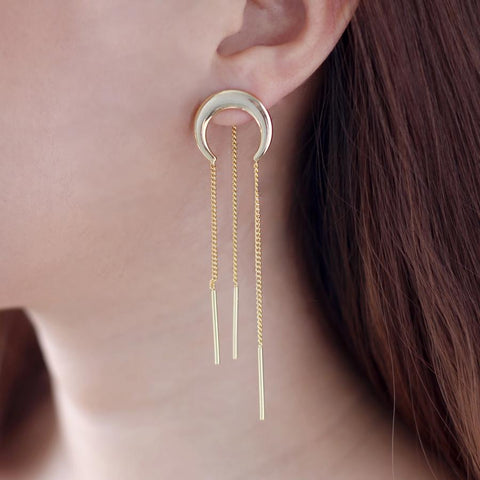 Wanderlust + Co - Lunette Chain Gold Earrings