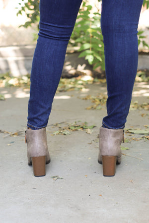 DotCom Booties: Taupe - ShopSpoiled