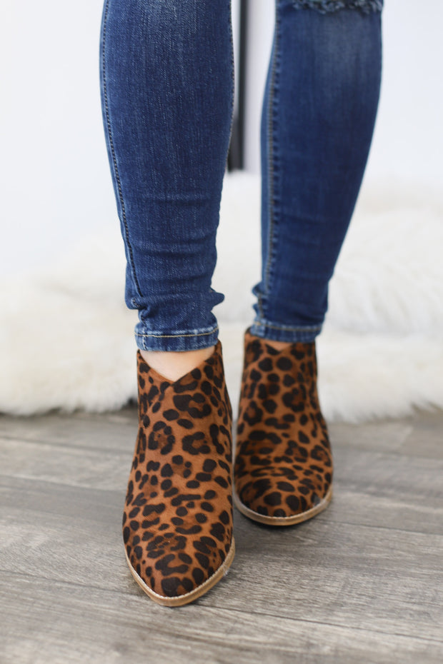 Nelson Booties: Leopard - ShopSpoiled