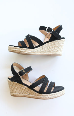 Jubilee Wedge: Black - ShopSpoiled
