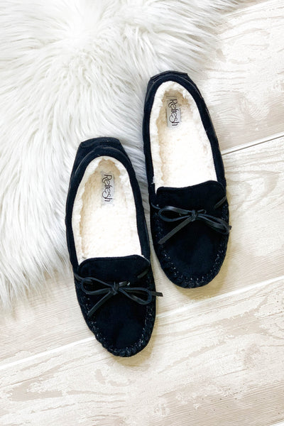Snow Day Moccasins: Black - ShopSpoiled