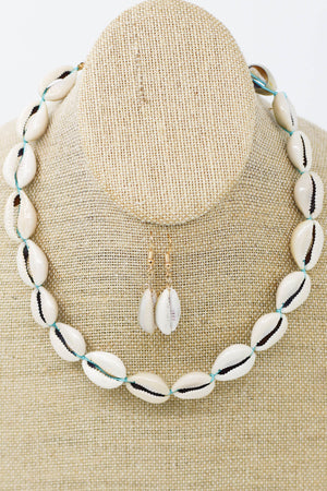 Power Shell Necklace: Turquoise - ShopSpoiled