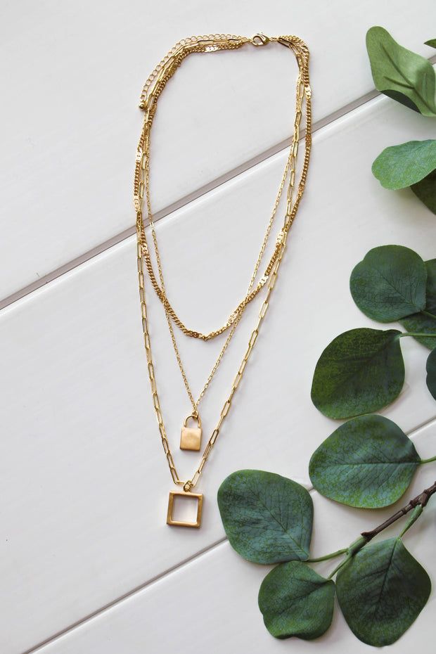 Square Up Necklace: Gold