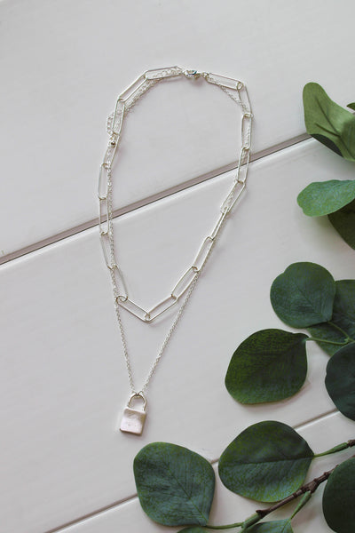 Lock It Down Necklace: Silver - ShopSpoiled