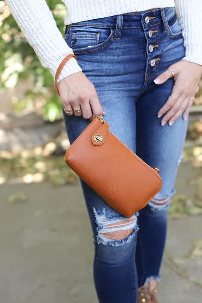 Safe Keeping Clutch: Brown - ShopSpoiled