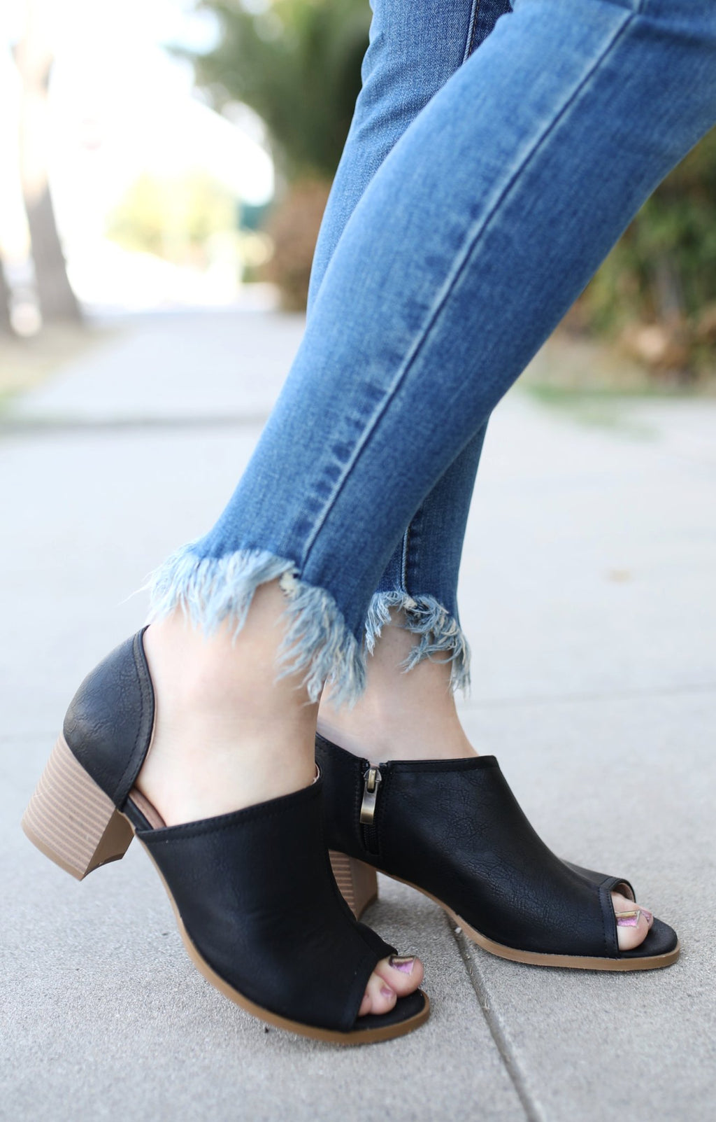 Prize Bootie: Black - ShopSpoiled
