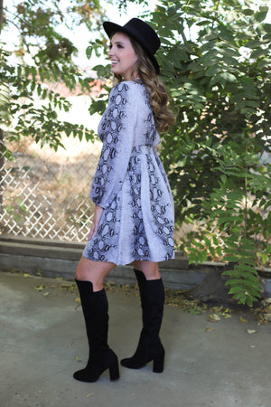Falling For you Dress - ShopSpoiled
