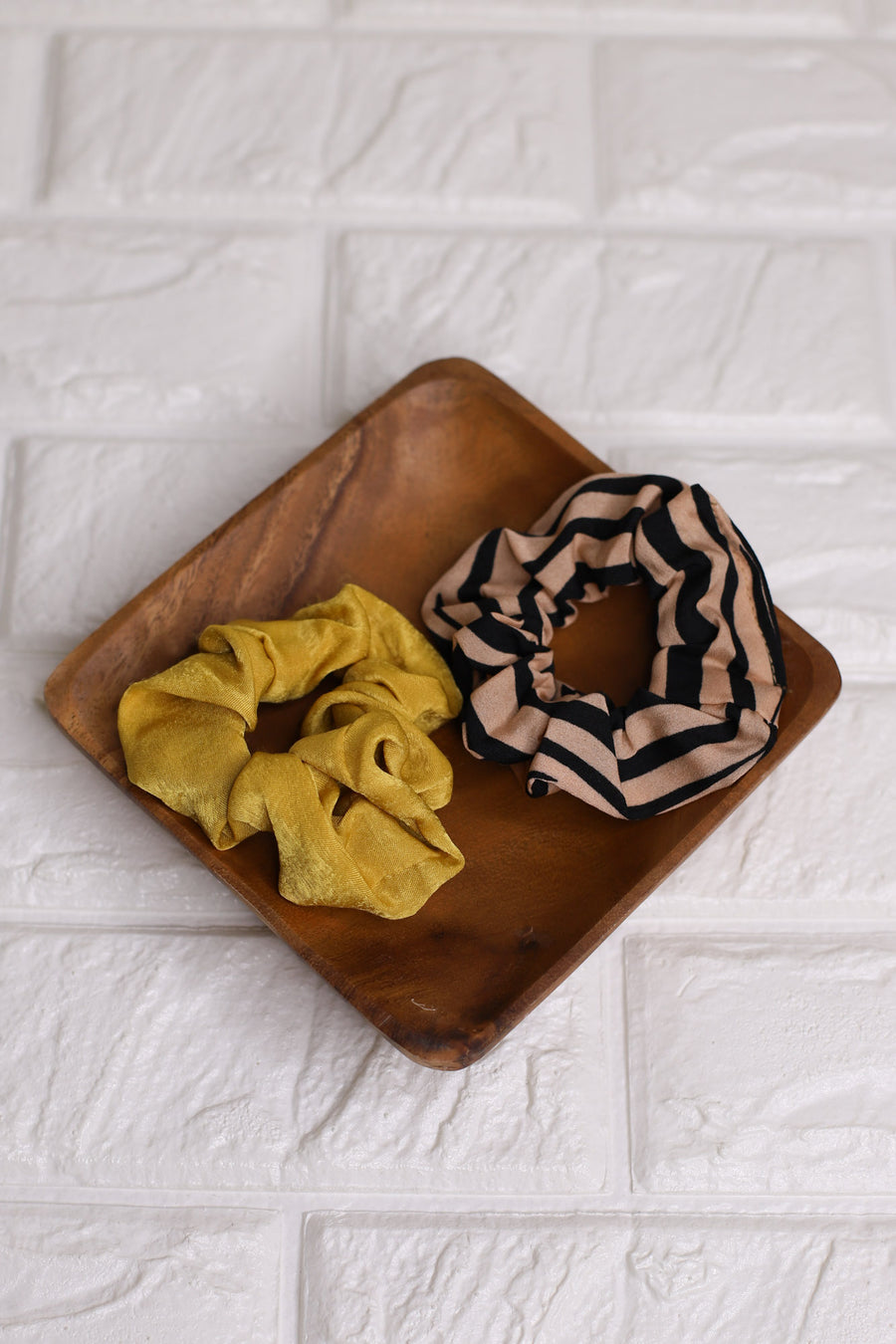 2PC Scrunchie Set: Mustard - ShopSpoiled