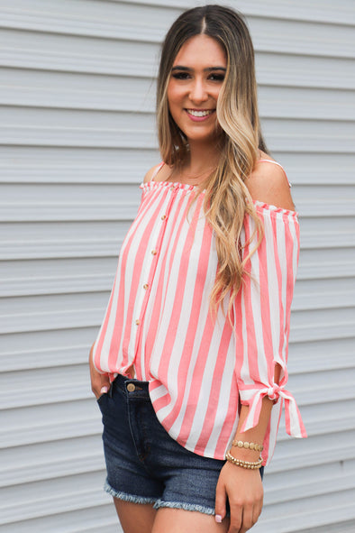 Off Duty Top: Coral - ShopSpoiled