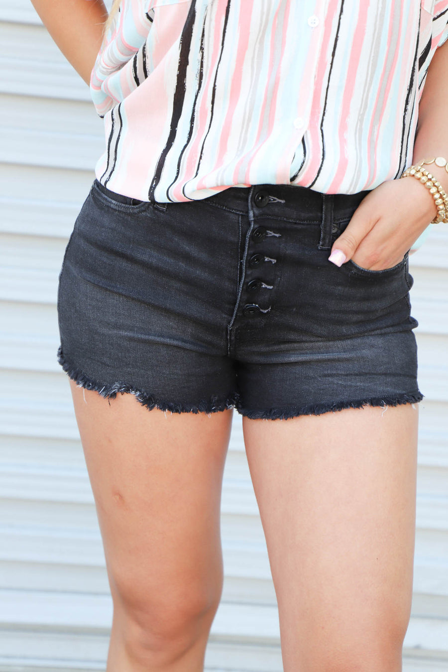 KK Drifter Black Shorts - ShopSpoiled