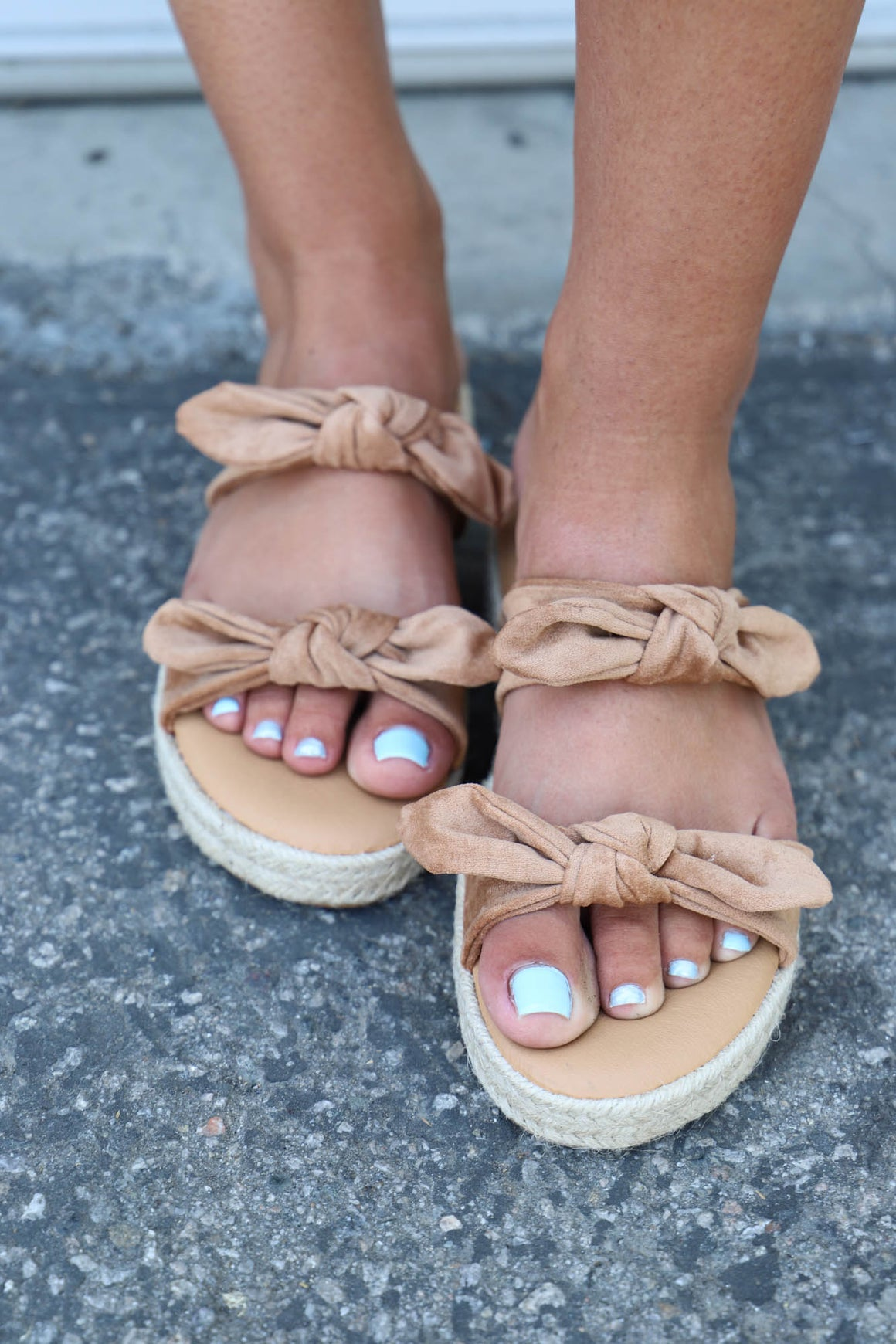 Double Knot Sandal: Tan - ShopSpoiled