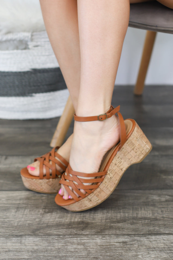 Lily Wedge: Tan - ShopSpoiled