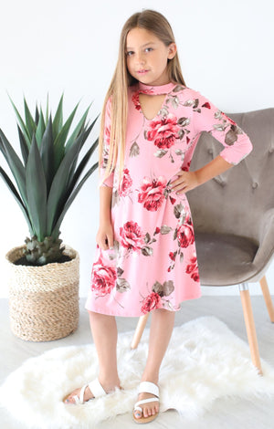 Juniors V-Neck Floral Dress: Pink - ShopSpoiled