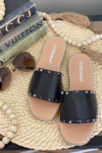 Grace Sandals: Black - ShopSpoiled