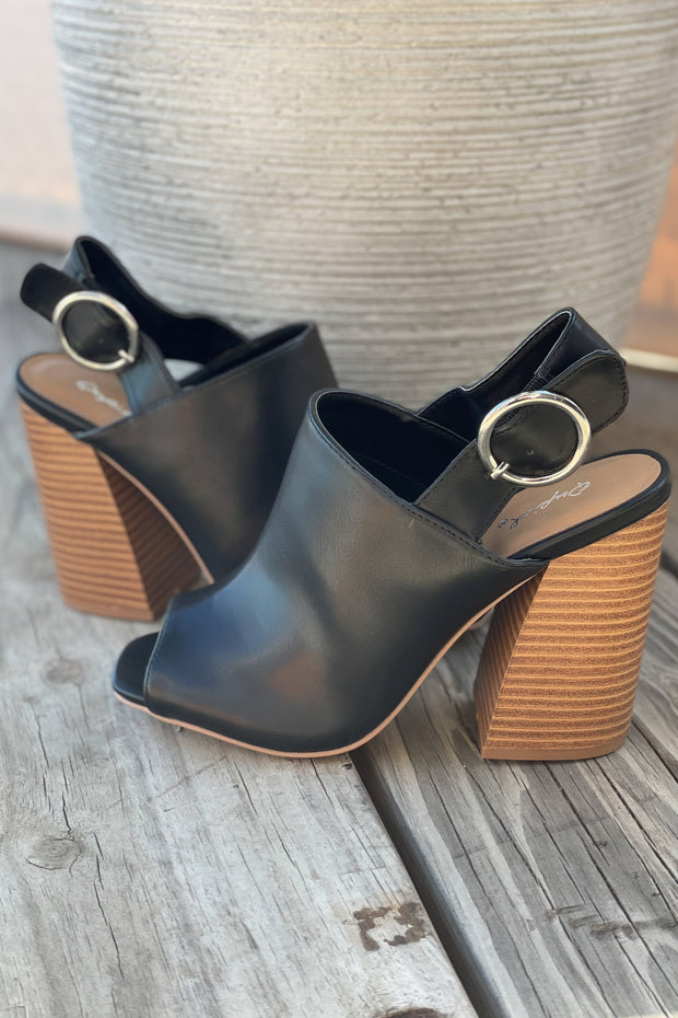 Chandler Open Toe Heel: Black - ShopSpoiled