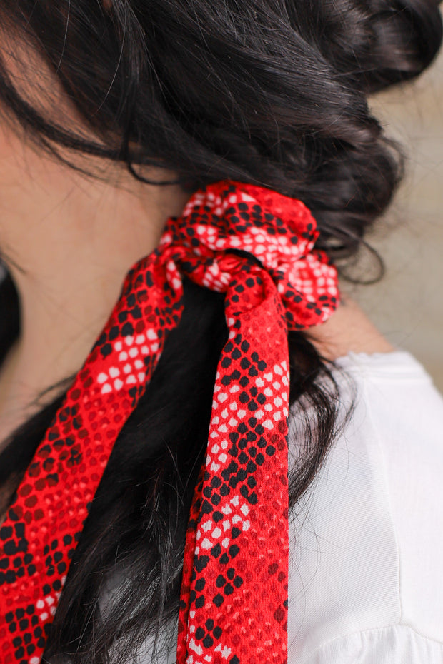 Slither And Sass Hair Scarf: Red - ShopSpoiled
