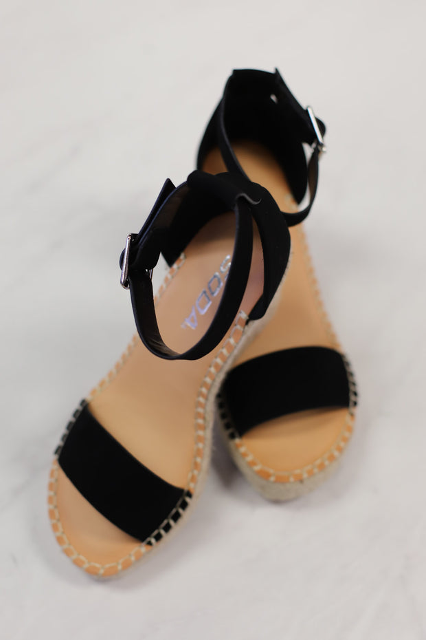 Hazel Espadrille Wedges: Black - ShopSpoiled