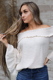 Kristi Off The Shoulder Top: Cream - ShopSpoiled