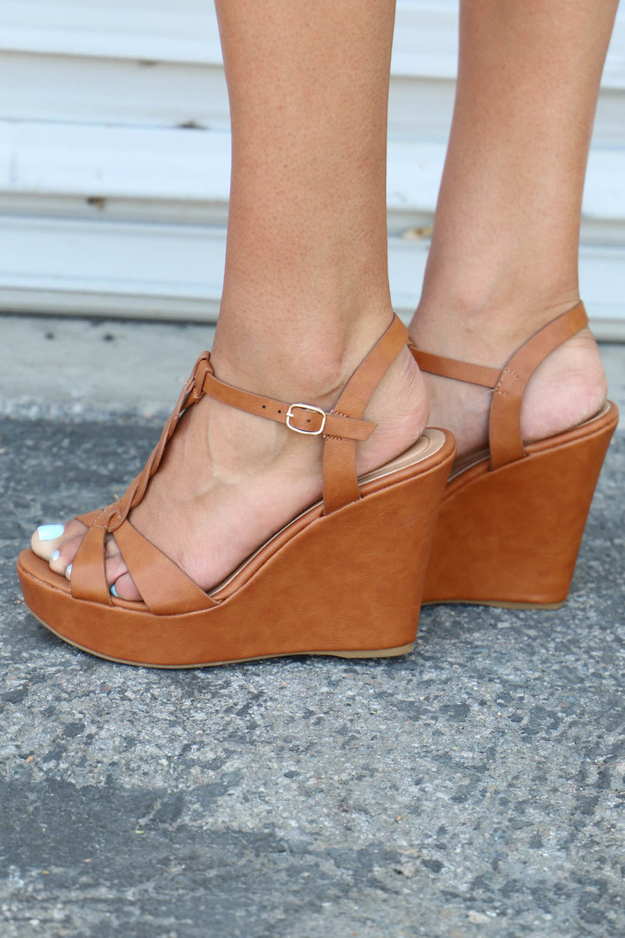 Celsius Braided Wedge: Tan - ShopSpoiled