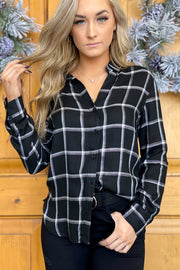 Just like that plaid: Black - ShopSpoiled