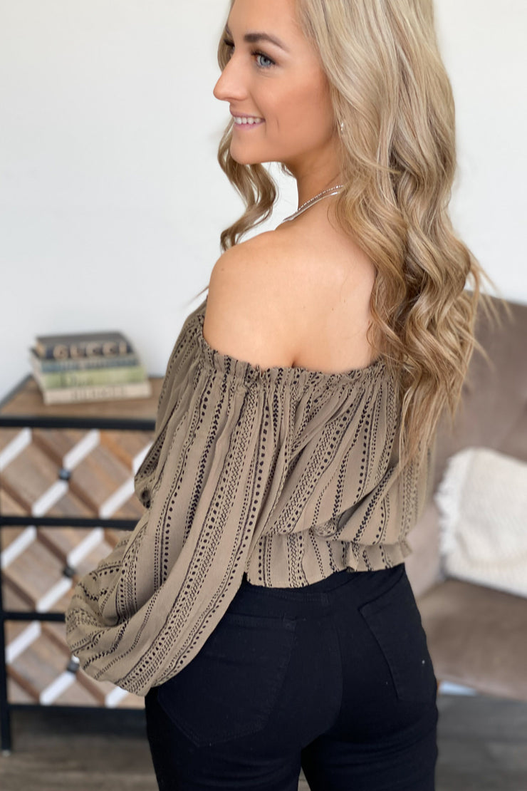 Autumn Feels Top: Olive - ShopSpoiled