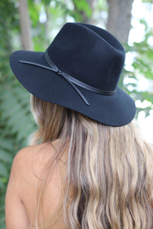 Simply Classic Felt Hat: Black - ShopSpoiled