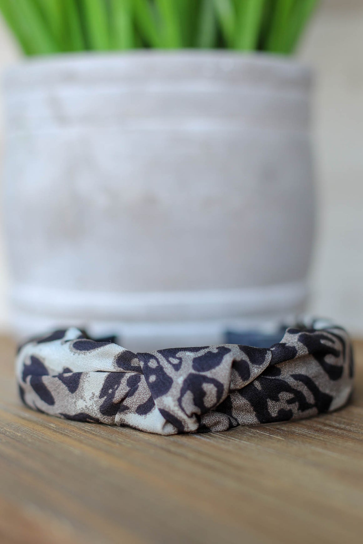 Jesse Leopard Headband: Grey - ShopSpoiled
