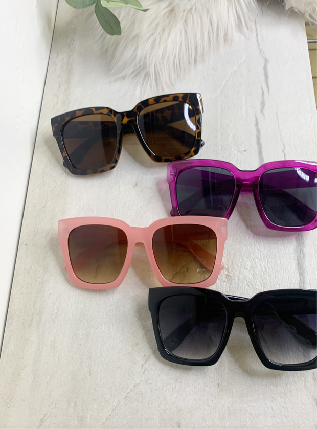 Catching Shade Sunglasses - ShopSpoiled