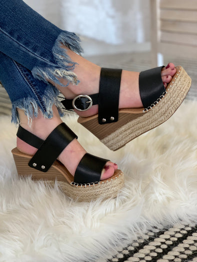 Lets Day Trip Wedges: Black - ShopSpoiled