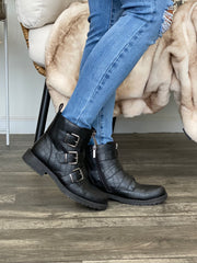 Walk Away Boots - ShopSpoiled