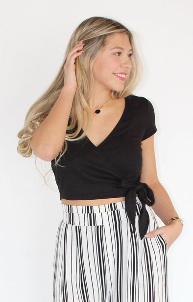 Ribbed Crop Top: Black - ShopSpoiled