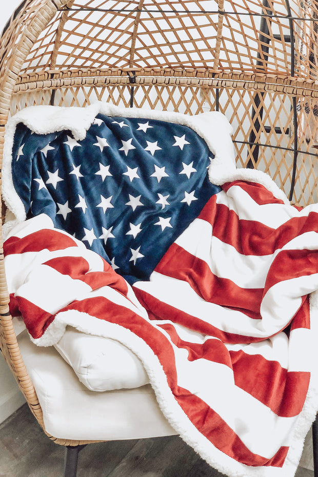 Plush Blanket: American Flag - ShopSpoiled