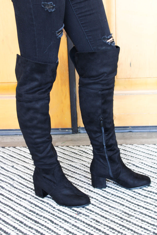 Axel Over The Knee Boots: Black - ShopSpoiled