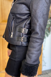 Snow Angel Jacket: Black - ShopSpoiled