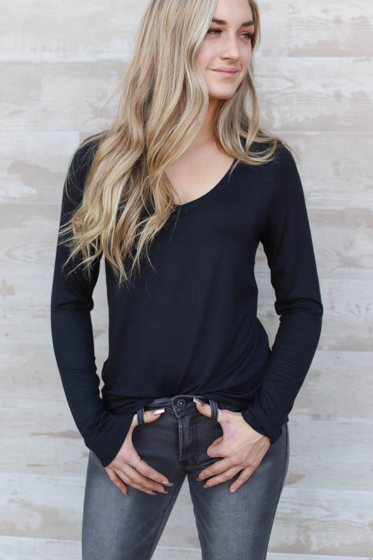 East Avenue Top: Black - ShopSpoiled