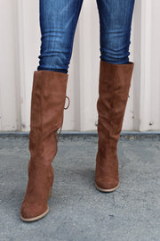 Freeland Boots: Camel - ShopSpoiled