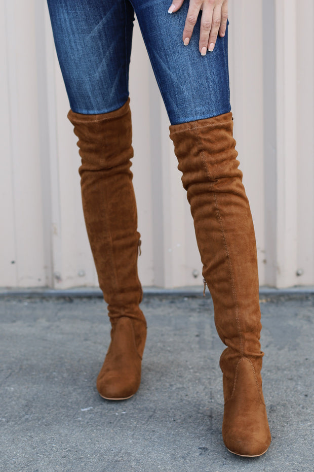 Bonita Boots: Tan Suede - ShopSpoiled